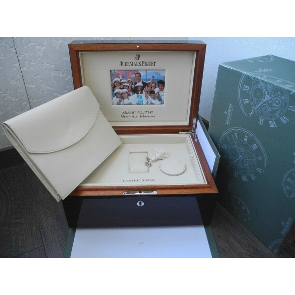 AUDEMARS PIGUET ARNOLD'S ALL-STARS JULES TIME PERPETUAL ROYAL LIMITED WATCH BOX